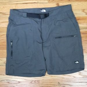 The North Face Shorts Size 36